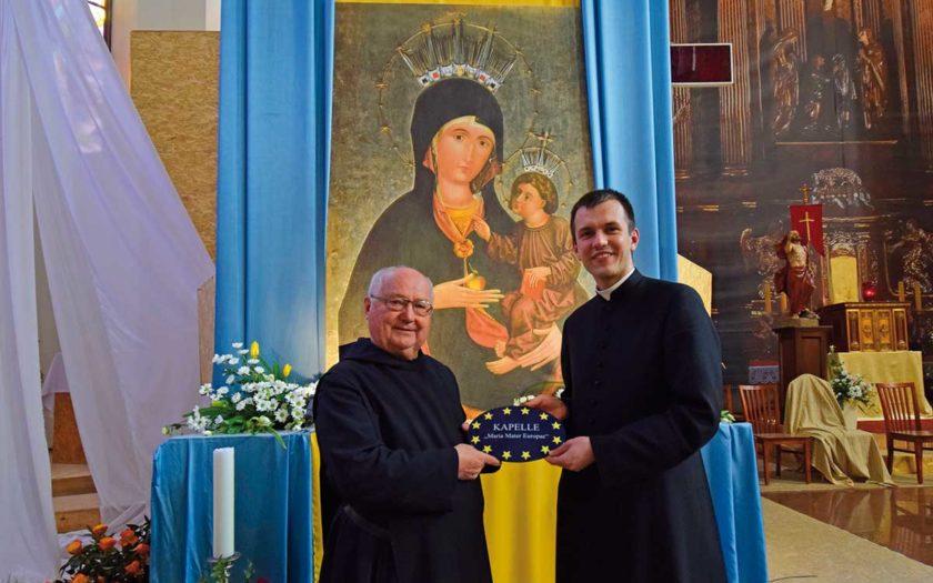 P. Notker Hiegl und Diakon Michal Ludwig im Hl. Kreuz-Kathedrale von Opole