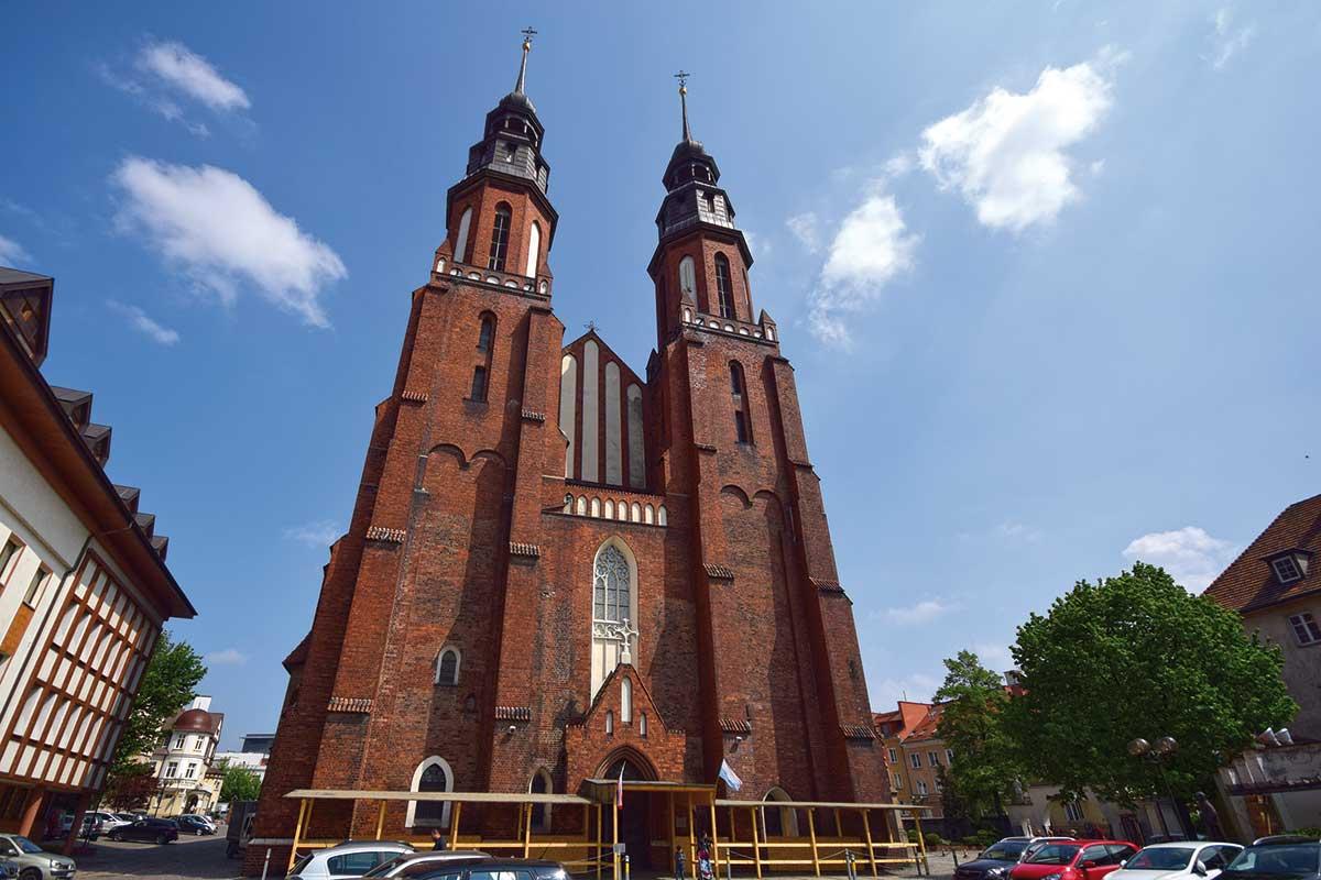 Hielig Kreuz Kathedrale Opole